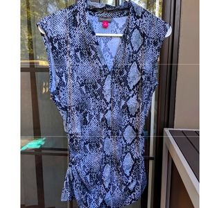 Vince Camuto office snake print Top / Blouse